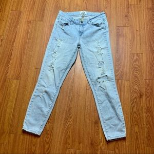 Paige distressed Verdugo Crop Jeans size 28